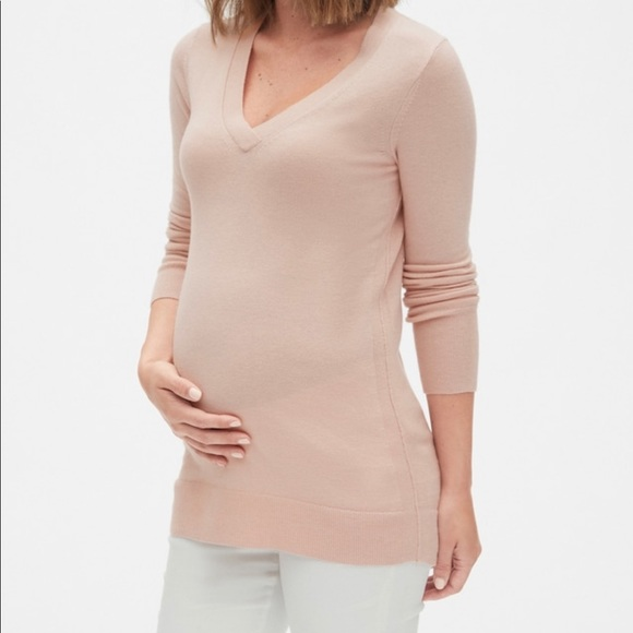 GAP Sweaters - NWT Gap Women's Maternity Sweater. Blush Pink